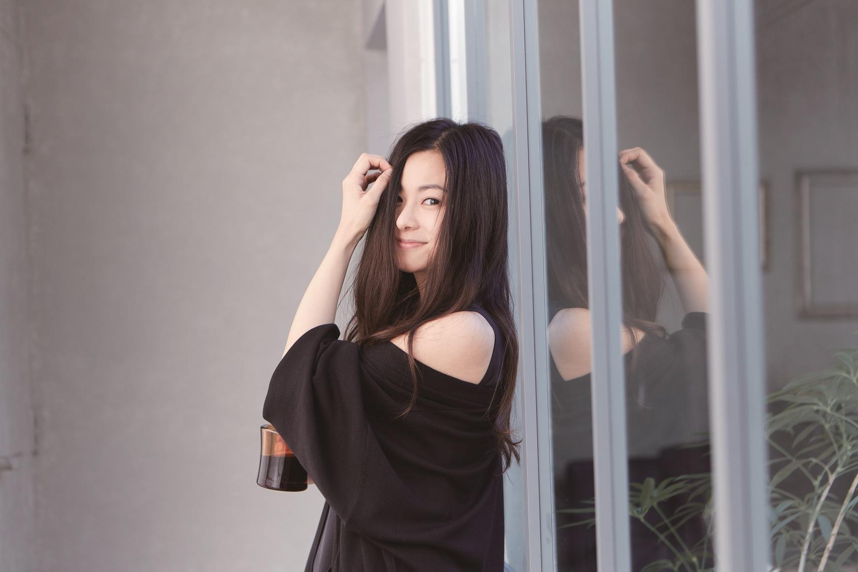 kj_mai_kuraki_top2_